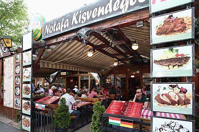 notafa restaurant eger